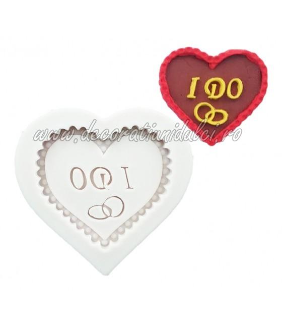 Mold heart '' I DO '