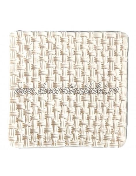 Double weave pattern mold